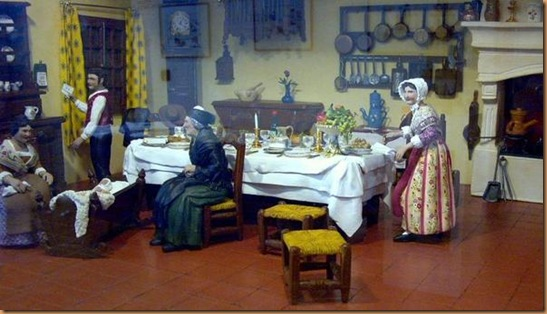 Table-Noel-Arlaten